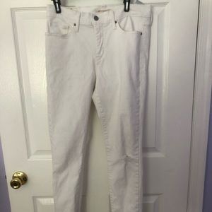 Levi's White ripped jeans size 29